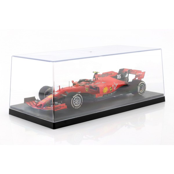 Showcase for model cars in scale 1/18