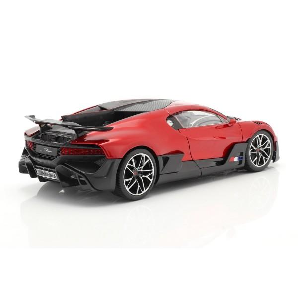 Bugatti Divo Year of construction 2018 red / black 1/18