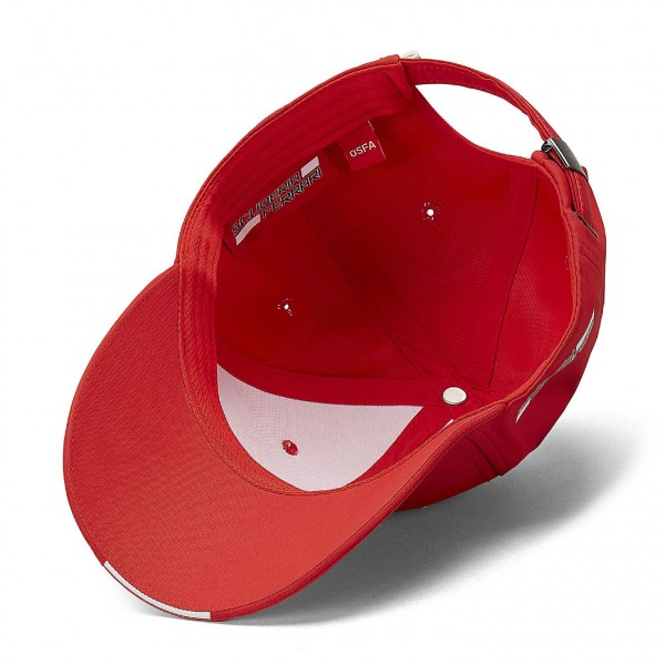 Scuderia Ferrari Cap Scudetto Carbon Strip red