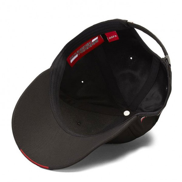 Scuderia Ferrari Cap Scudetto carbon strip black