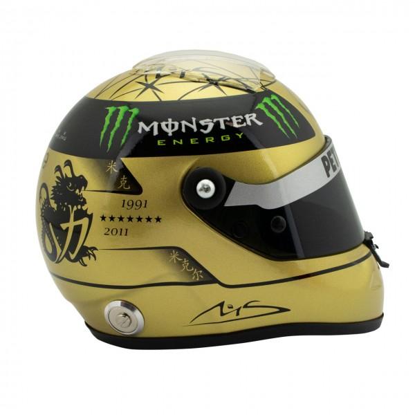 Michael Schumacher Casco Dorado Spa 2011 1/2
