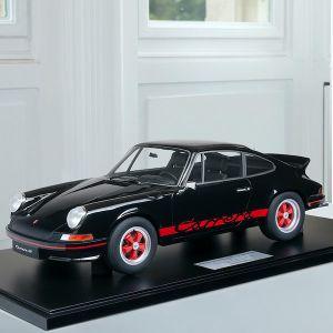Porsche 911 Carrera RS 2.7 construction légère - 1972 - 1/8 noir / décor rouge