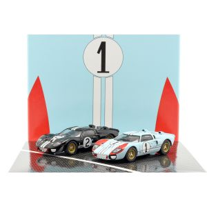 2-Car Set Ford GT40 MK II #2 #1 Gewinner und 2. Platz 24h LeMans 1966 1:43