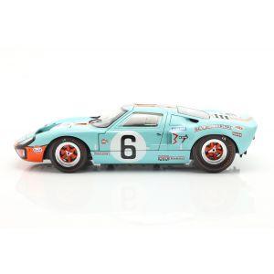 Ford GT40 MK1 #6 vainqueur 24h de LeMans 1969 Ickx, Oliver 1/18