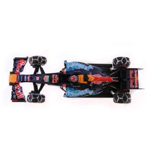 Red Bull Racing Tag Heuer RB 7 Max Verstappen Snow Run 2016 Kitzbühel top