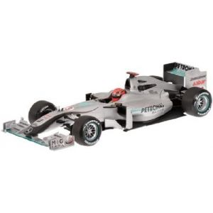 Michael Schumacher Mercedes GP Petronas Showcar 2010 1:18