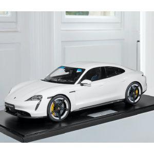 Porsche Taycan Turbo S - 2020 - blanc 1/8