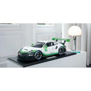 Porsche 911 (991.2) GT3R - 2019 - Version de présentation 1/8