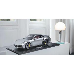 Porsche 911 (992) Turbo S - 2020 - Argent métallique 1/8