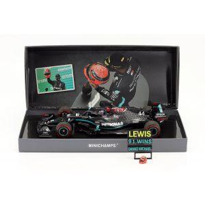 Mercedes-AMG Petronas F1 Team W11 EQ Performance - Lewis Hamilton - Ganador del GP de Eifel 2020 1/18