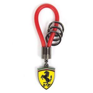 Llavero con correa de caucho Scuderia Ferrari rojo