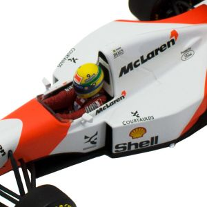 Ayrton Senna McLaren MP4/8 Minichamps 1:18  cockpit