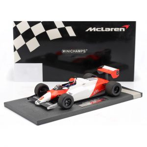 Niki Lauda McLaren MP4/1C #8 2nd USA West GP Formel 1 1983 1:18