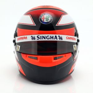 Kimi Räikkönen casco en miniatura Alfa Romeo Racing C38 Formula 1 2019 1:2