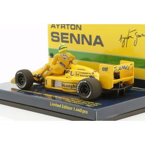 Ayrton Senna fährt auf S. Nakajimas Lotus 99T #11 Italien GP F1 1987 1:43