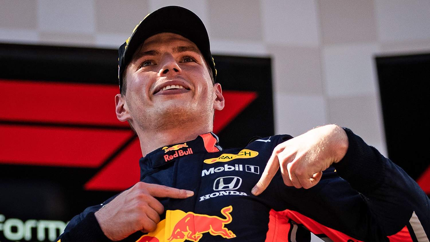 Max Verstappen extends with Red Bull until the end of 2023