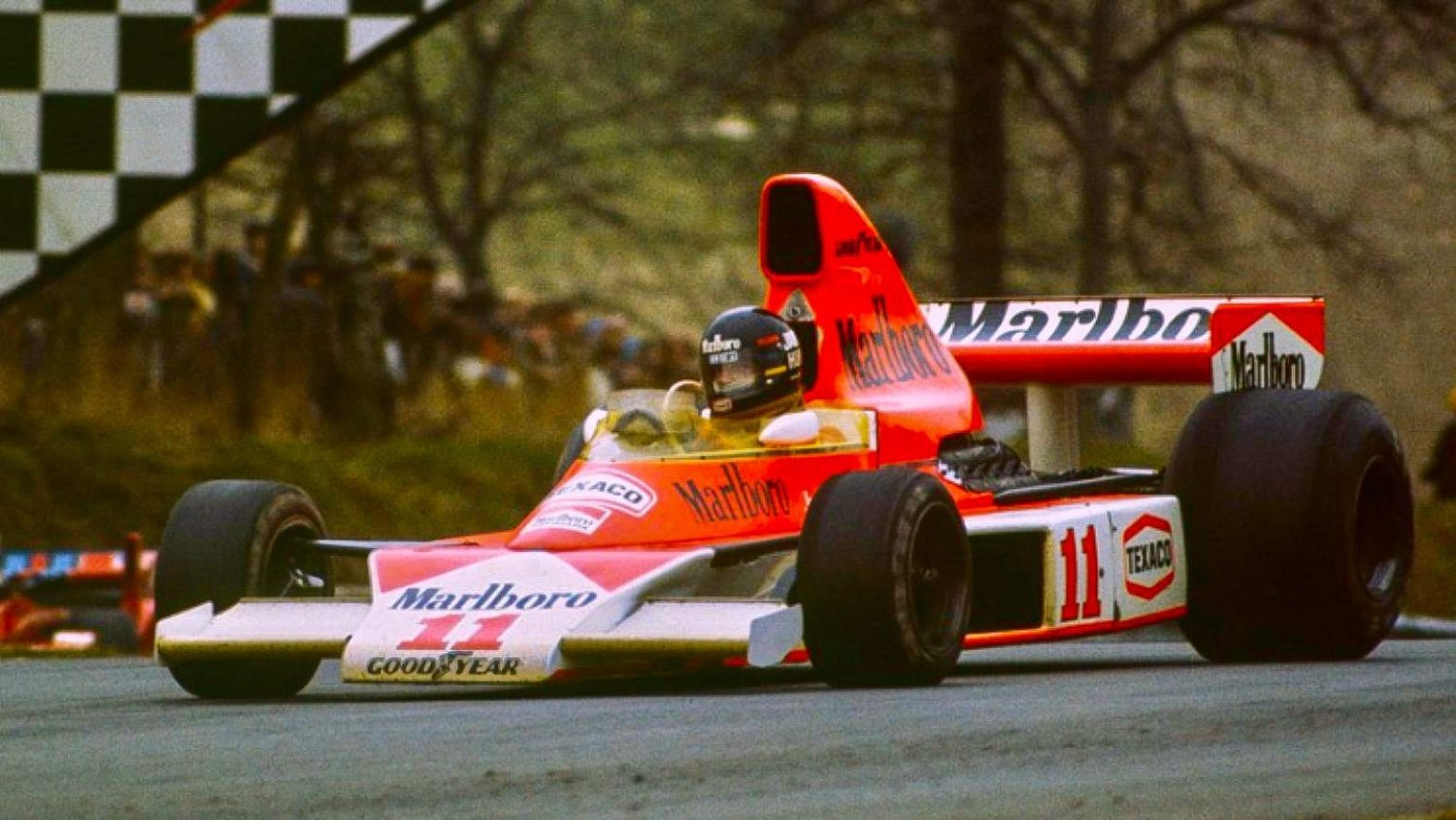 Flashback: James Hunt's first victory for McLaren at the 1976 Race of Champions